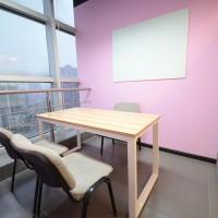 温暖舒适的vip教室图片