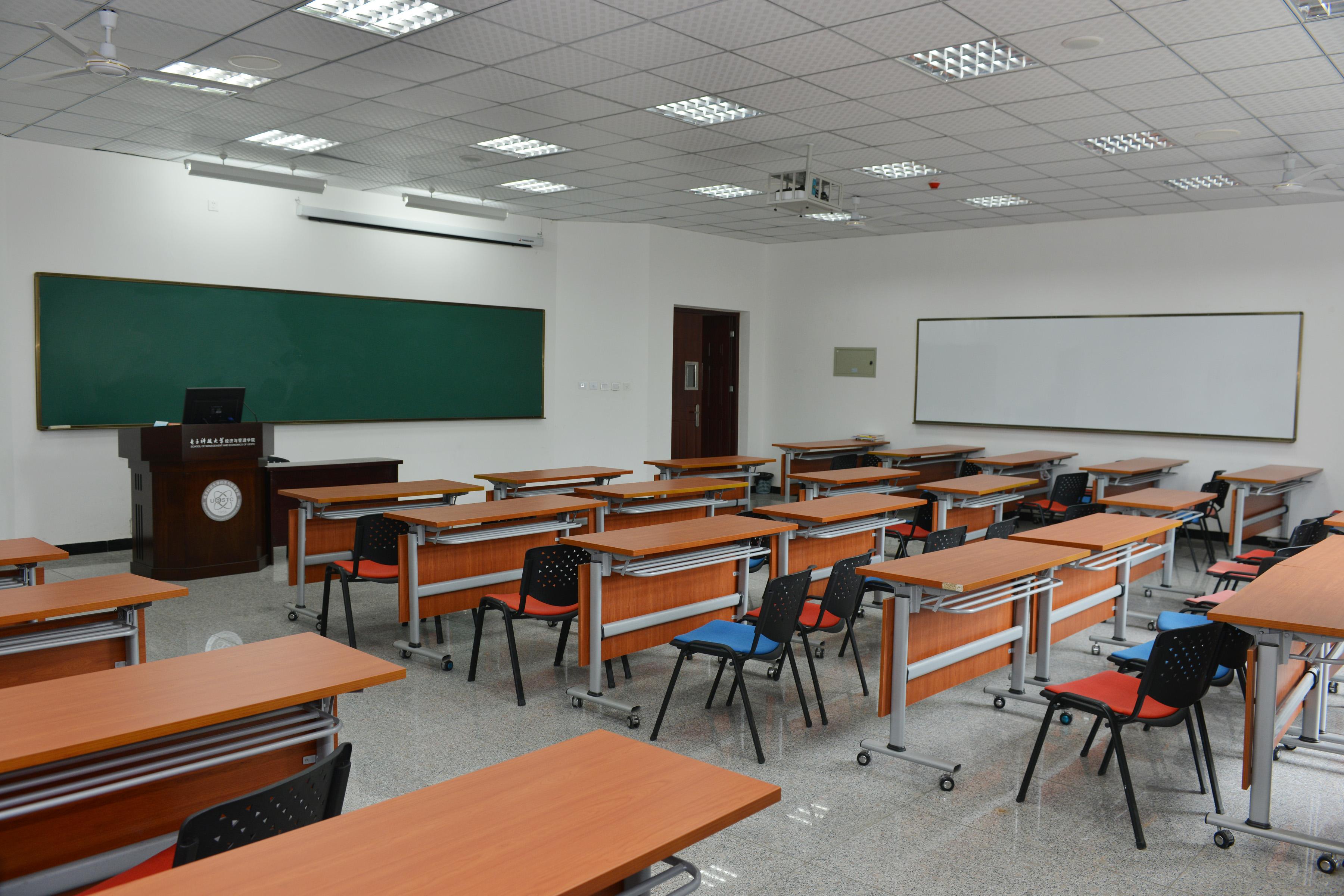 数学教室装修图