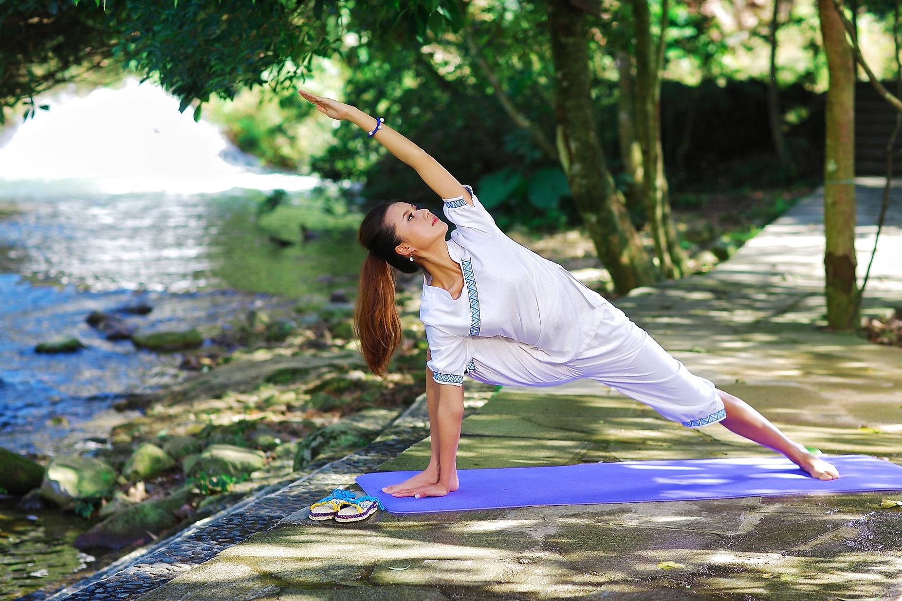 理疗瑜伽(入门级课程)图片