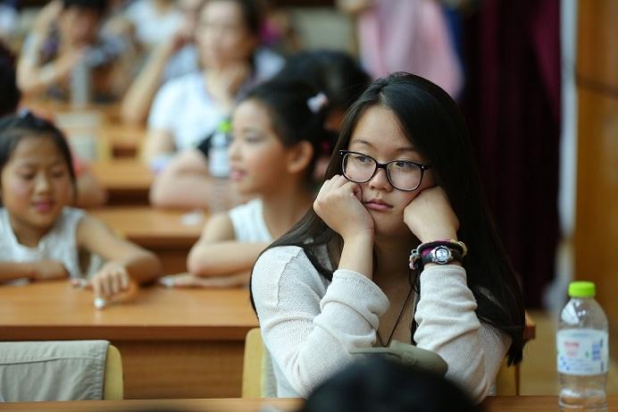【新闻资讯】青岛大学汉语言学院美国留学生回国欢送会