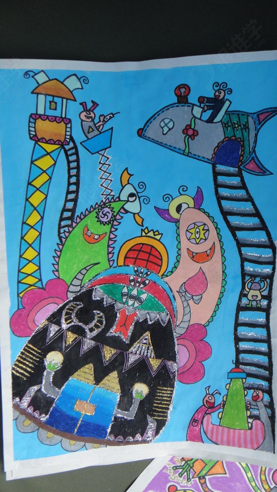 绘画培训    趣味儿童创意画,不同于小朋友的随意涂鸦,它是在让学生从图片