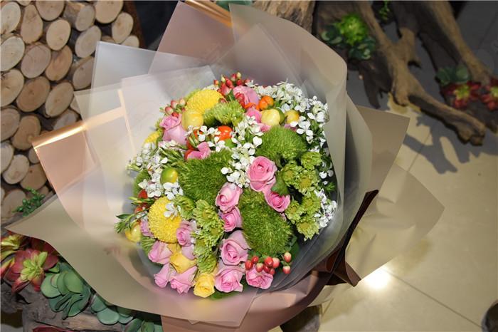 花店欧式包花花束图片